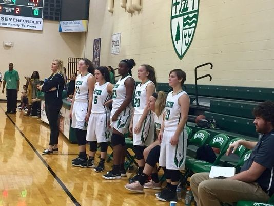 Seton basketball coach Amanda Lewis teaching team to believe